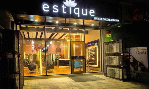Estique Spa and Salon in Thane West