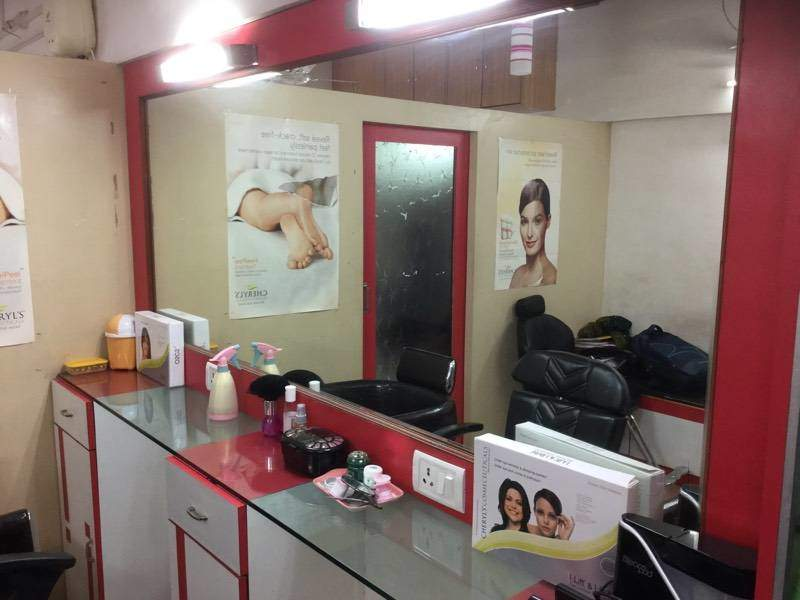 Awesome salon